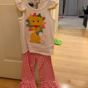 Brand new Mudpie outfit 4T